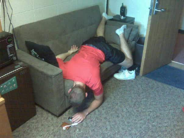 clifton beef grefe fake passed out on futon in sellery 5b