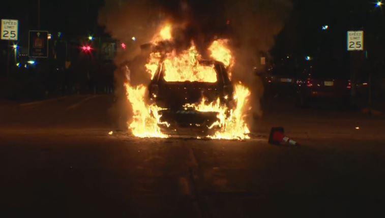 CAR-FIRE-CLOSE-UP